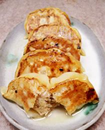 より美味しい味と食感を追求!本当に美味しいと思える餃子作りに取り組んでいます。